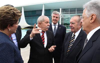 POLITICOS_NIOBIO.png